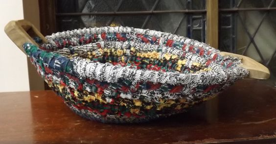 Rag rug bowl bright colors with wooden handles handmade (47.50 USD) by EarlyGarageSale