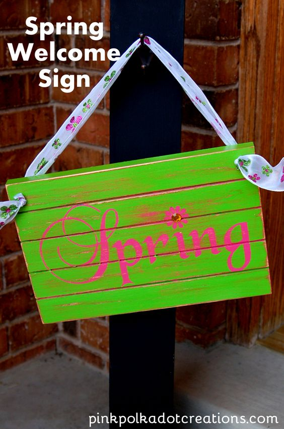 "Pink Polka Dot Creations:  Super easy ""Spring"" welcome board!"
