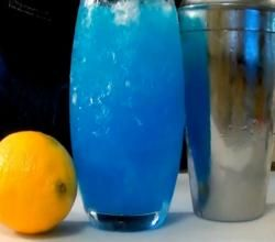Electric Blue Lemonade Recipe Video by The Kitchen Witch   ifood.tv