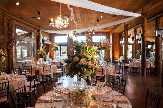 A beautiful wedding reception at Albert's Lodge at Spruce Mountain Ranch!