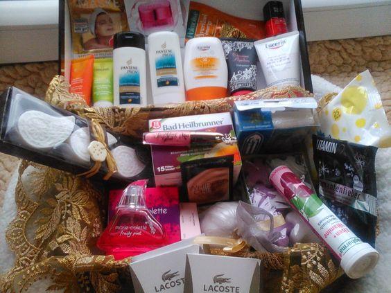 Netties Test und Schnüffelecke und das ist das Beautypaket für die Dame :D, gibt es auch zu gewinnen