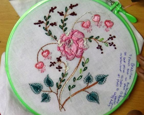Hand embroidery flowers brazilian and rose