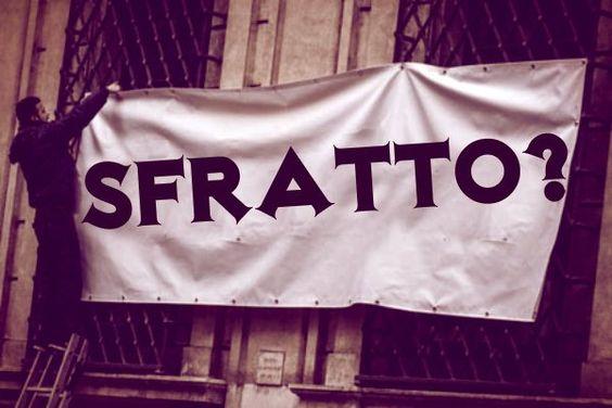 Decaduto in Senato e sfrattato da Palazzo Grazioli: i guai del Cavaliere  http://tuttacronaca.wordpress.com/2013/11/30/decaduto-in-senato-e-sfrattato-da-palazzo-grazioli-i-guai-del-cavaliere/