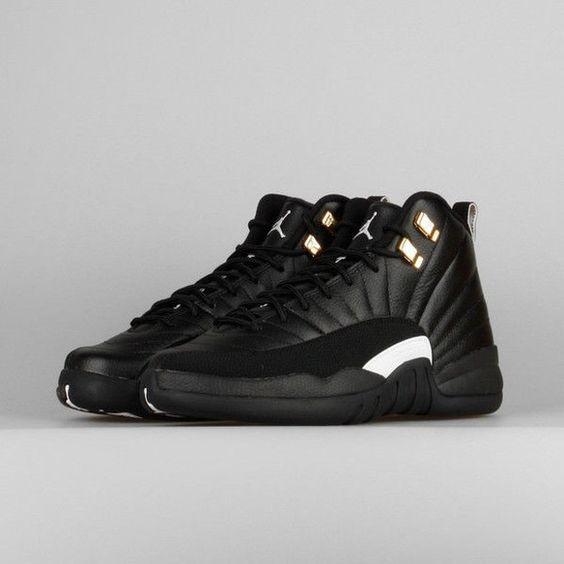 Mens Air Jordan Retro 12 White Black shoes