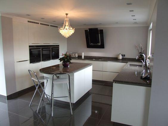 Handleless German Nolte Kitchen in Lux Gloss White with Matrix Art - nolte küchen planer