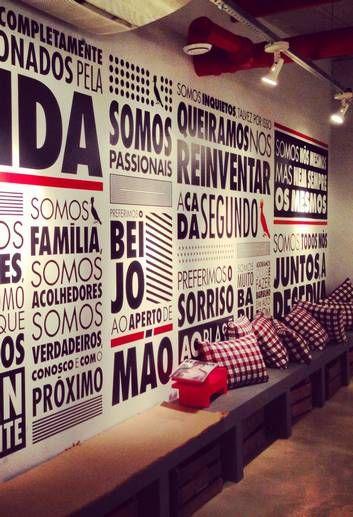 """Na parede da recepção está a """"alma da Reserva"""": frases que traduzem seus conceitos Foto: Marcelo Omena/Divulgação / Agência O Globo:"""