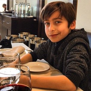 aidan gallagher phone number