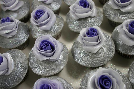 Cupcakes for a 40th birthday | by elizabethscakeemporium