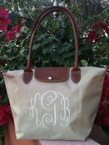"$45 ""longchamp"" style monogrammed tote: Longchamp Monogrammed, Monogrammed Longchamp, Longchamp Style, Bridesmaid Gifts, Monogrammed Tote, Style Monogrammed, Monogram Idea, Purses Bags"