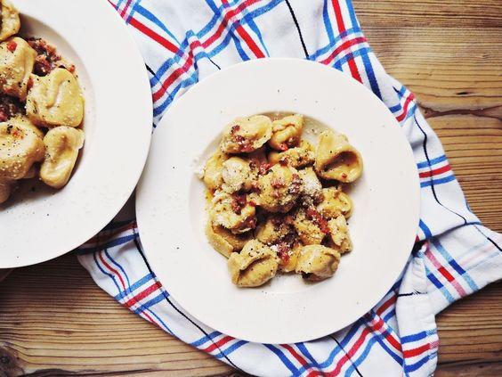 home made tortellini |  Hausgemachte Tortellini á la Carbonara