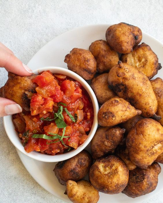 Beer Battered Vegan Cheese Curds With Marinara Planty Mel Recipe In 2020 Vegan Cheese Cheese Curds Recipe Stuffed Peppers