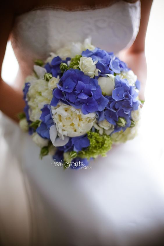bouquet peonies and hydrangeas blu bouquet peonie e ortensia blu  www.isaevents.it