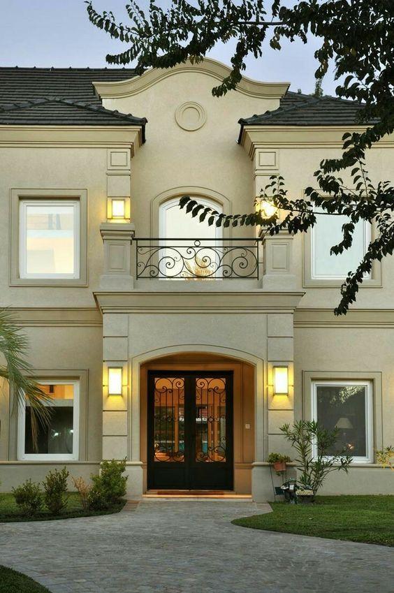 Pin De Marcy Pennington En Home Styles Casas Con Balcon