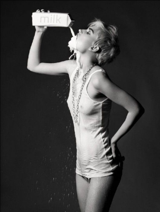 Jana Knauerová by Standa Merhout for Vita Magazine