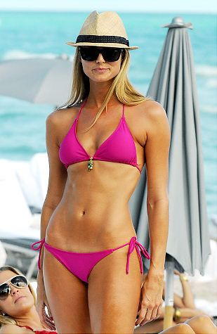 Stacy Keibler looking hot.