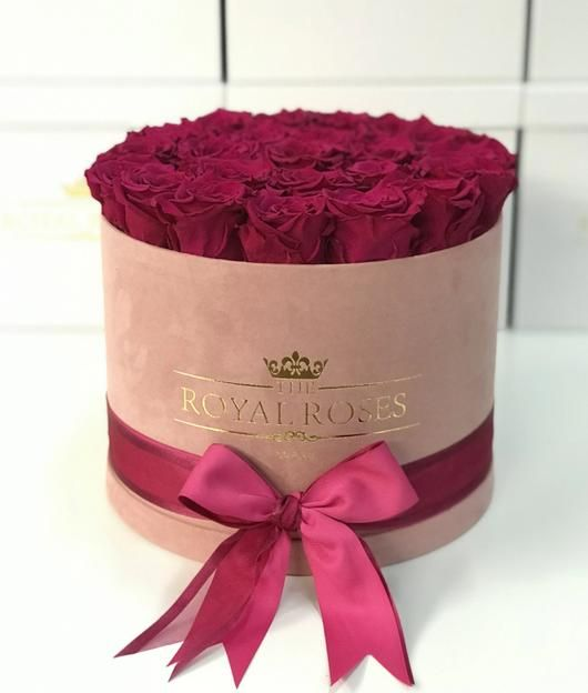 Real Long Lasting Roses Round Box Lifetime Is Over 1 Year In 2020 Round Box Preserved Roses Rose