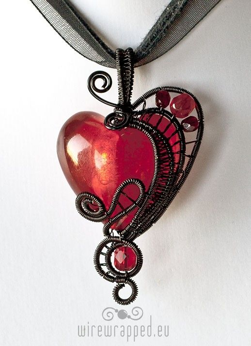 This is absolutely beautiful! Over 50 of The Best Heart Crafts for Valentine's Day - Just gorgeous hearts to make and inspire. Even recipes!