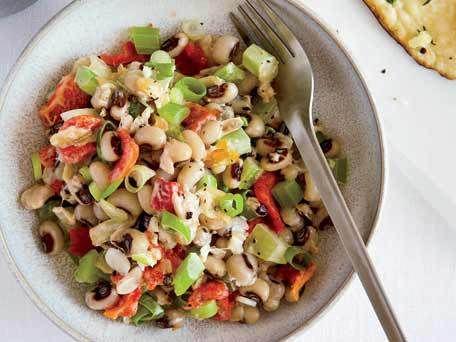 blackeyed pea salad // simple + clean