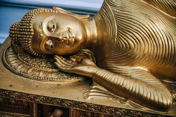 Gold-Sleeping-Buddha-Statue #buddhapictures, #beautifulpicturesofbuddha, #buddhaimages, #buddhaimageshd, #buddhawallpaperhd, #buddhaimagesfreedownload,