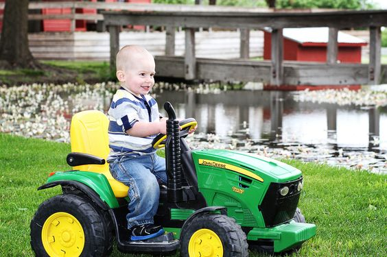 Baby and children portraits . Angelee Arceo Photography. Tractors. Farm boy