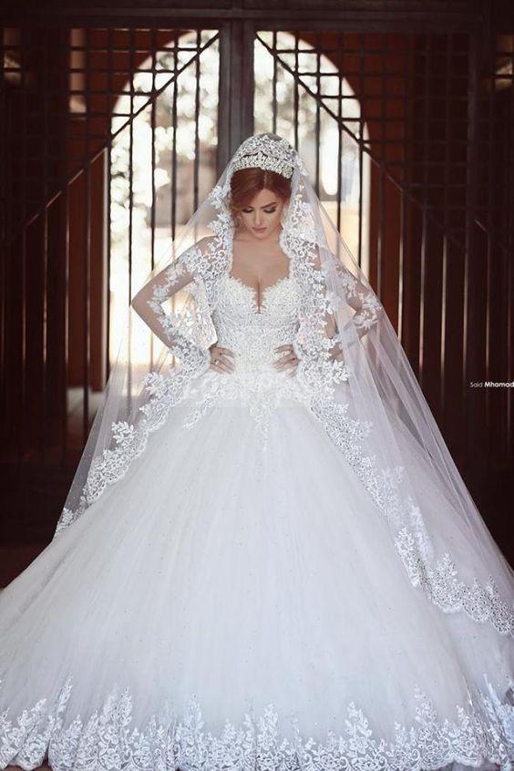 White Princess Ball Gown Long Sleeves Lace Diamond Wedding Dress