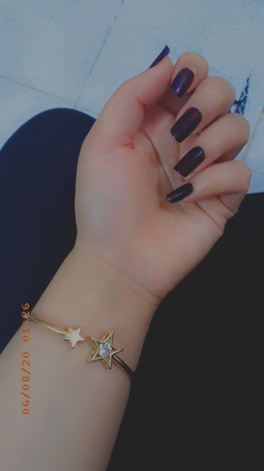 Pin By وردة الياسمين On ايادي بنات كيوت Girl Hand Pic Girly Pictures Cute Girl Poses