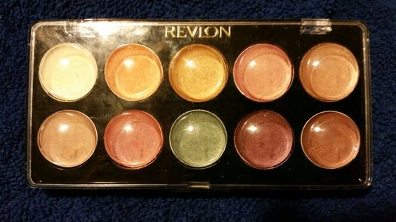 Cream Revlon eyeshadow palette