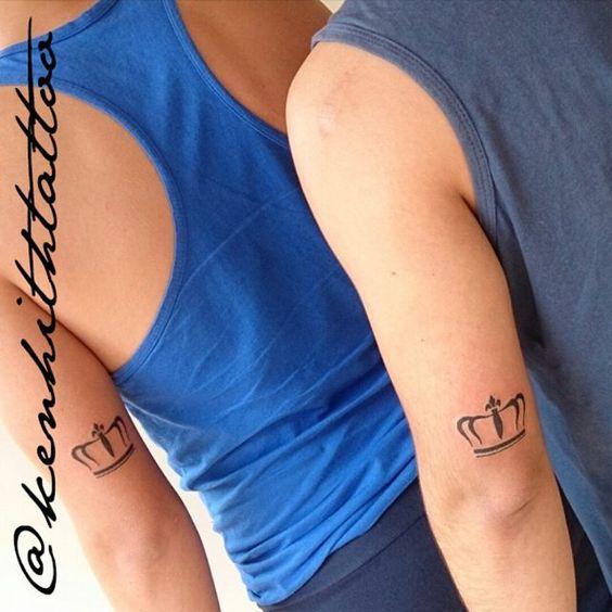 Tatuagem do dia... #crown #forcouples  Ken Hith Yakuza  Rua C 22 Qd 12 Lt 06 Jardim América Goiania-GO (próximo ao Supermercado Tatico da Av T7)  Wpp 62 85927597  #coroa #smalltattoo #newtattoo #like4like #follow #kenhithyakuza #goiania by kenhithtattoo