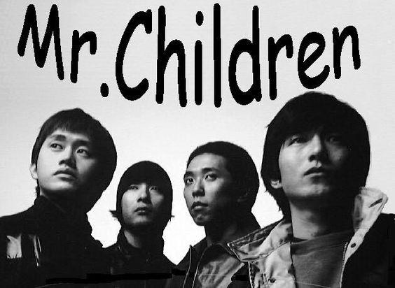 モノクロ写真のメンバーのmr.childrenの壁紙