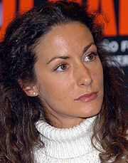 Telma Ortiz lleva ante la Justicia los límites de la libertad de expresión | elmundo.es www.elmundo.es180 × 229Buscar por imagen La hermana de Doña Letizia se protege de los 'flashes'. (Foto: Korpa Press) quintillizas - Buscar con Google