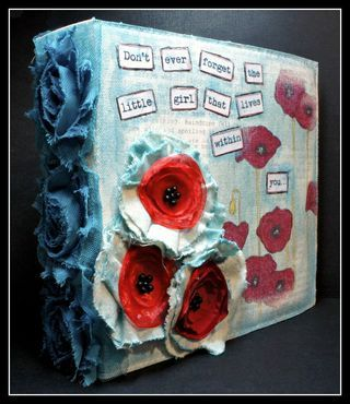 Tutorial Donna Downey, some more mixed media using fabric... I think its fabric