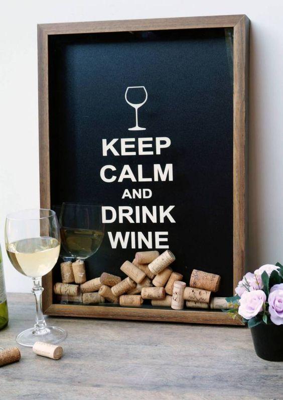 quadro porta-rolhas de vinho keep calm and drink wine tamanho grande