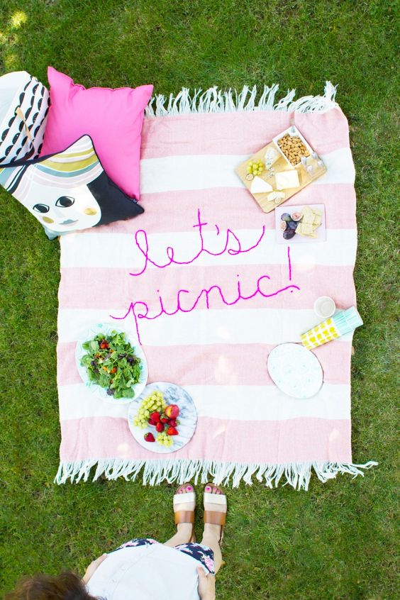 DIY Giant Embroidery Picnic Blanket:
