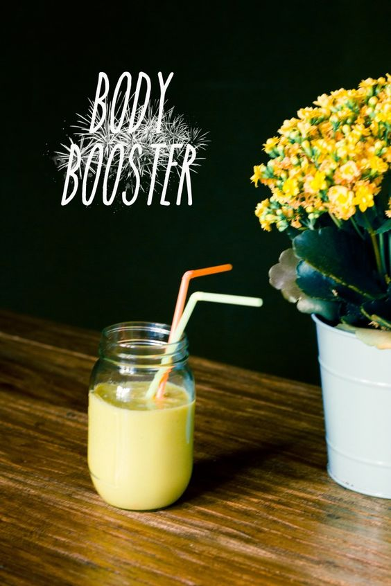 Power Smoothie Woche #3: Body Booster | healthy soulfood #mango #vanille #matcha #smoothie