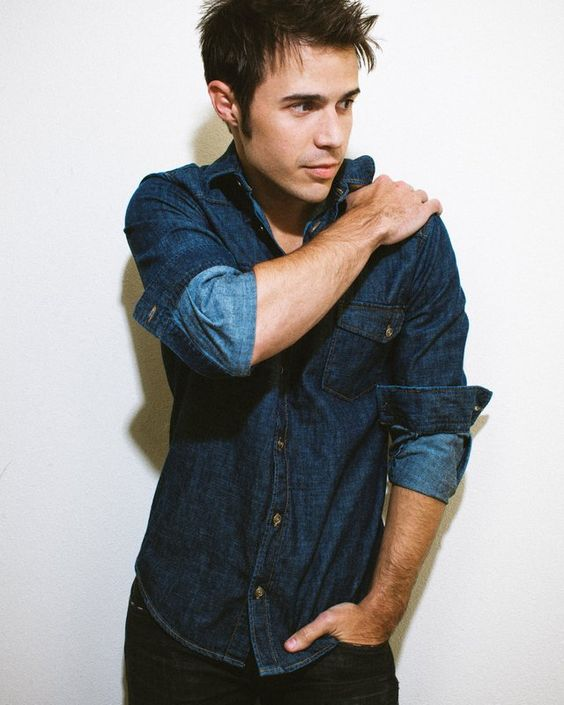 Kris Allen making music on his own terms