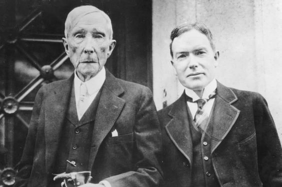 "On March 3, 1910 in leadership history, J.D. Rockefeller Jr. announced his withdrawal from business to administer his father's fortune for an ""uplift in humanity"". He also appealed to the U.S. Congress for the creation of the Rockefeller Foundation. What's the leadership lesson? Honorable leaders can grow their businesses and be generous at the same time. Let's set the example give as much as we can!"