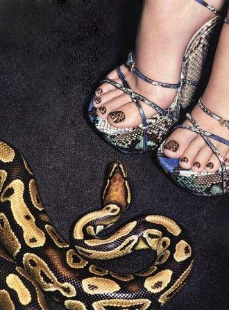 snake pedi