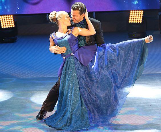 Fernando Rocha agradece apoio do público em apresentação do 'Dança'