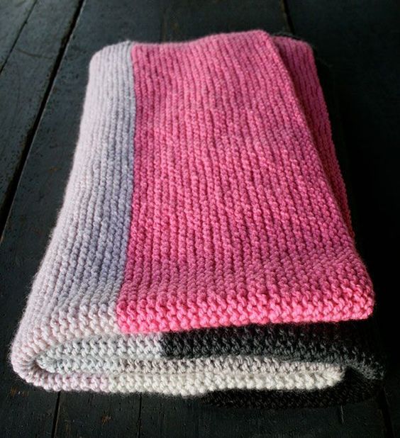 Knitting Patterns For Beginners Blanket : As promised here is beginner friendly gorgeous