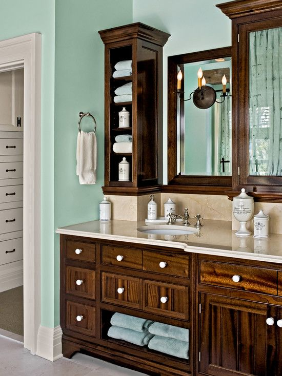 Traditional Bathroom Guest Bathroom Vanities Design, Pictures, Remodel, Decor and Ideas - page 13