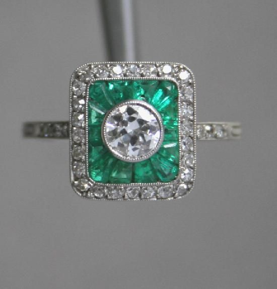 ART DECO FRENCH EMERALD AND DIAMOND ENGAGEMENT RING