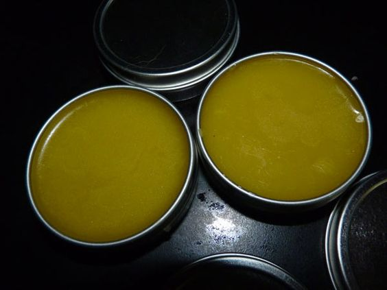 Finished Jewelweed Salve - for poison ivy