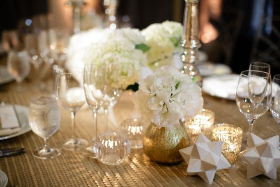 Love the colors and the little details: Wedding Decor, White Table, Jasmine Star, Wedding Events, White Floral