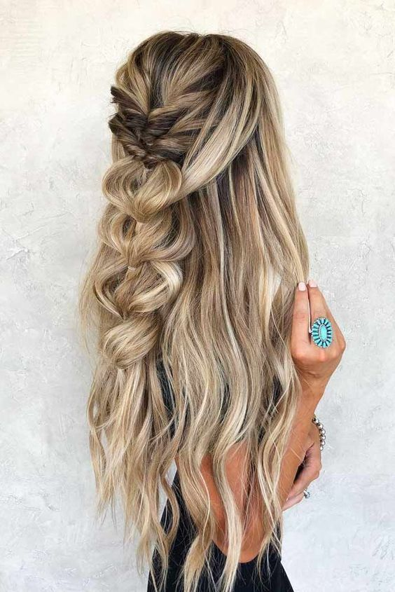 46 Unforgettable Wedding Hairstyles For Long Hair 2019 Half Up Half Down Hairstyle W Homecoming Hairstyles Wedding Hairstyles For Long Hair Thick Hair Styles