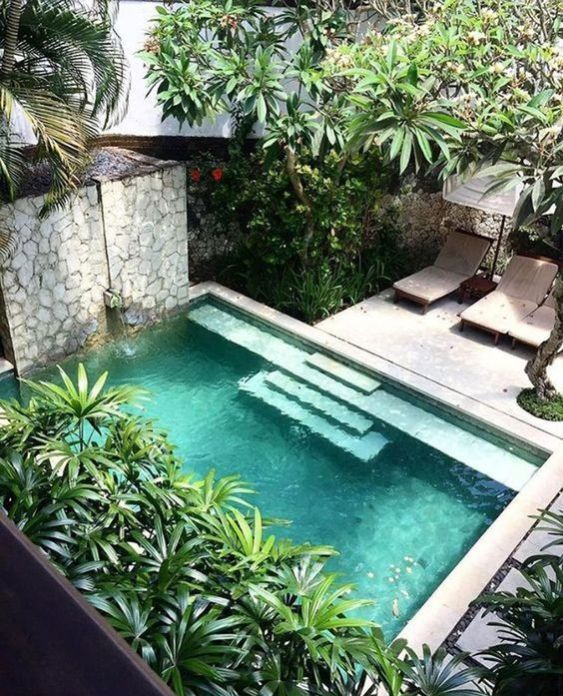 25 Simple Small Swimming Pool Ideas For Minimalist Home Ideas Minimalist Simple S In 2020 Pool Landscape Design Courtyard Gardens Design Swimming Pools Backyard