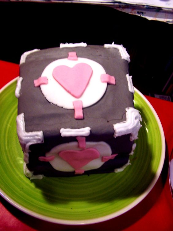 Companion Cube cake for Computer Games Party.