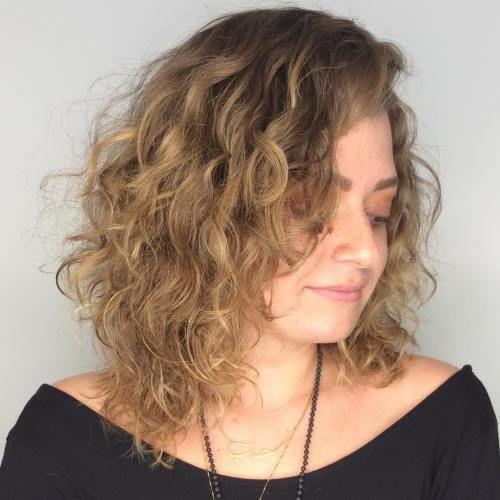 20 Frisuren Fur Dunne Lockige Haare Die Einfach Unglaublich Aussehen Neueste Frisuren Bob Frisuren Frisuren 2018 Neueste Frisuren 2018 Haar Modelle 2 In 2020 Thin Curly Hair Curly Hair Styles Layered Curly Hair