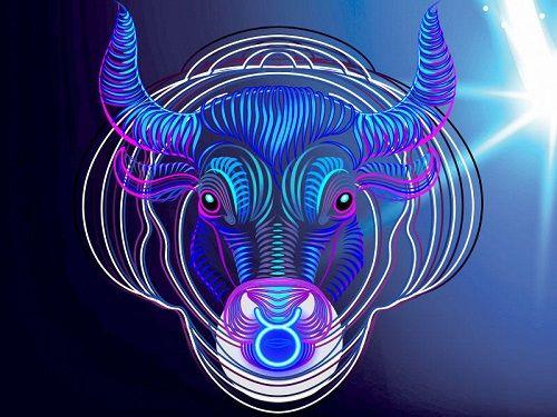 كيف اجعل رجل الثور يحبني بجنون مميزات برج الثور Taurus Man In Love Taurus Man Lion Sculpture