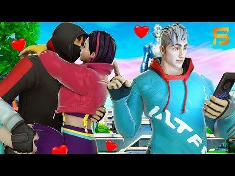 Ikonik S Kiss Steals Vendetta S Girlfriend Youtube Vendetta Best Gaming Wallpapers Fortnite