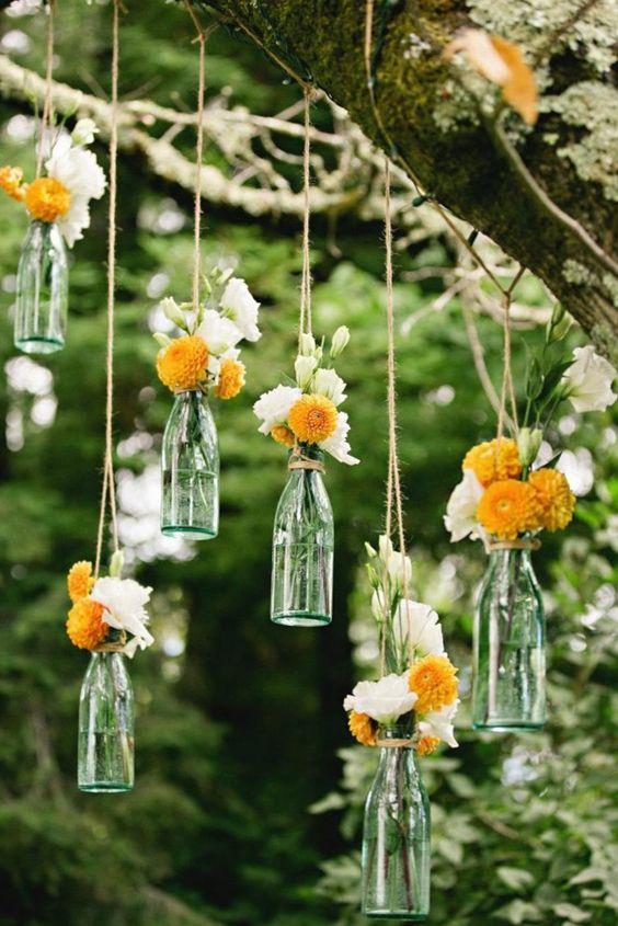 Aprovecha las ramas de los arboles para complementar la decoración de Tu Boda en Jardines